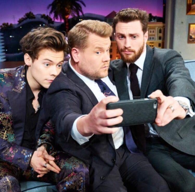 Harry Styles, James Corden, Aaron Taylor Johnson (late late selfie)