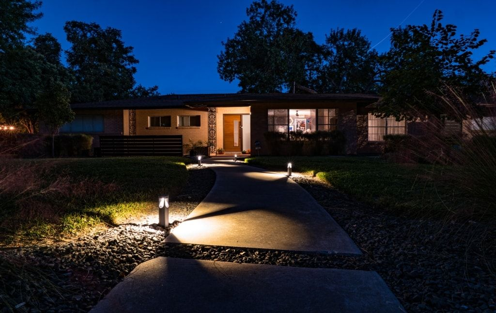 What Are Bollard Lights And How Do You Use Them Bollard Lighting Low Voltage Outdoor Lighting Outdoor Path