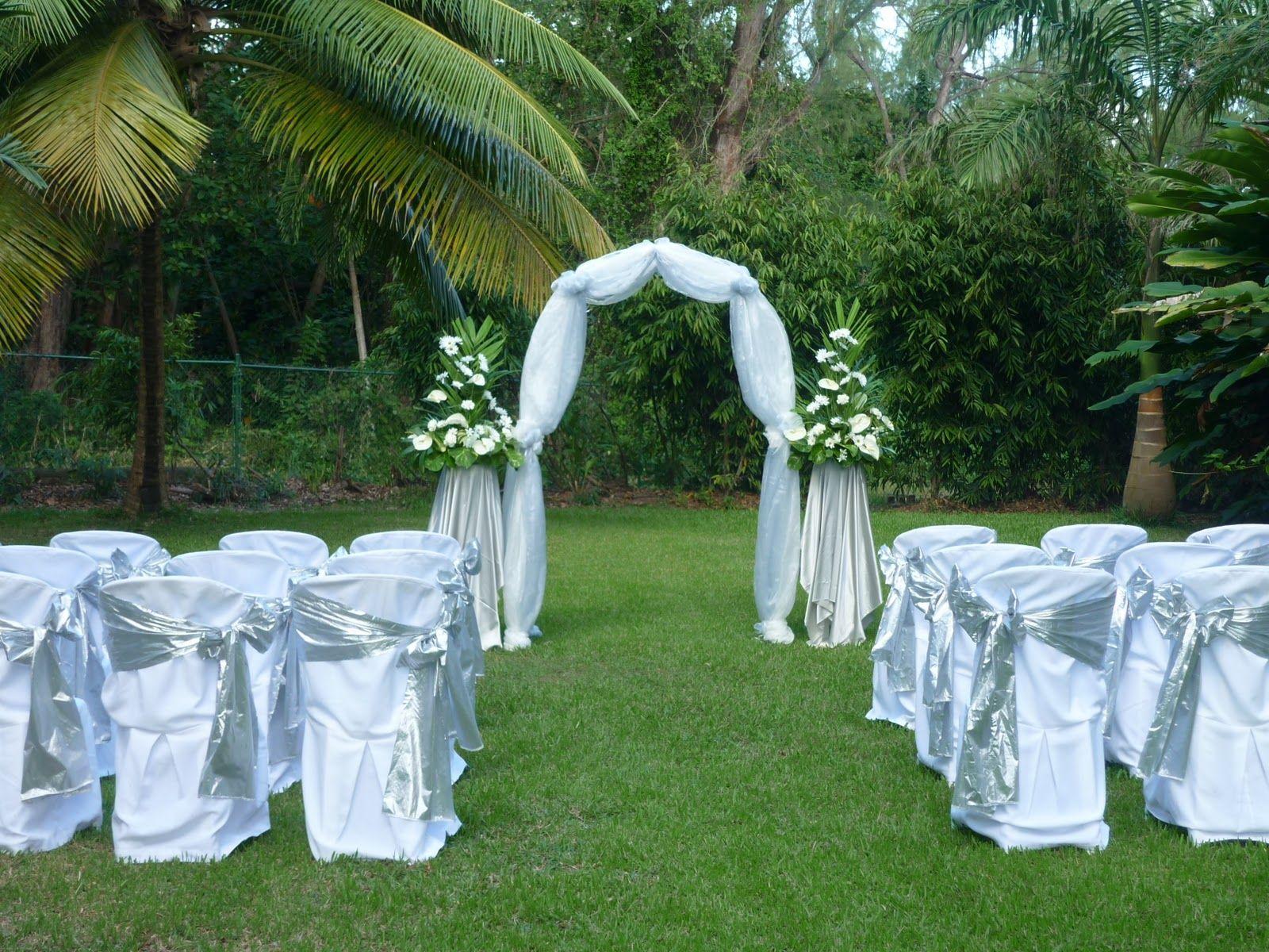 Intimate Garden Wedding Set up | Wedding Gardens | Outdoor ...