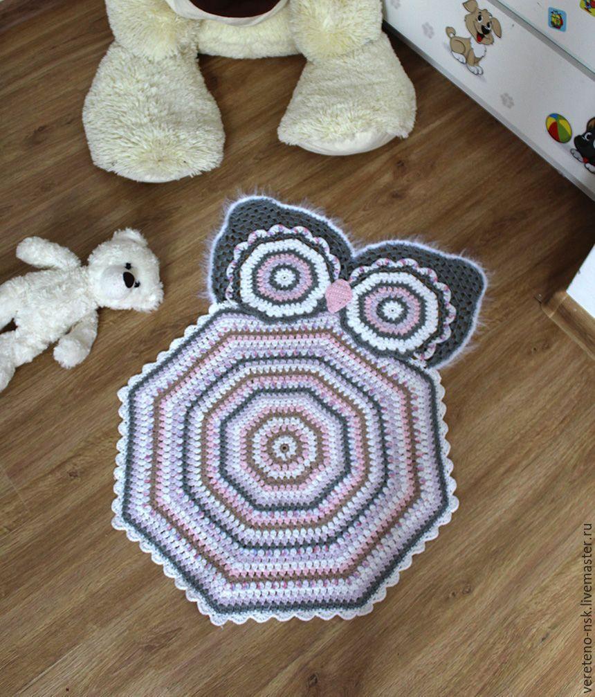 купить вязаный коврик совушка в детскую комнату серый сова
