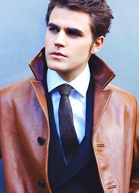 Pin by Chris Urena on Men | Paul wesley, Stefan salvatore ...