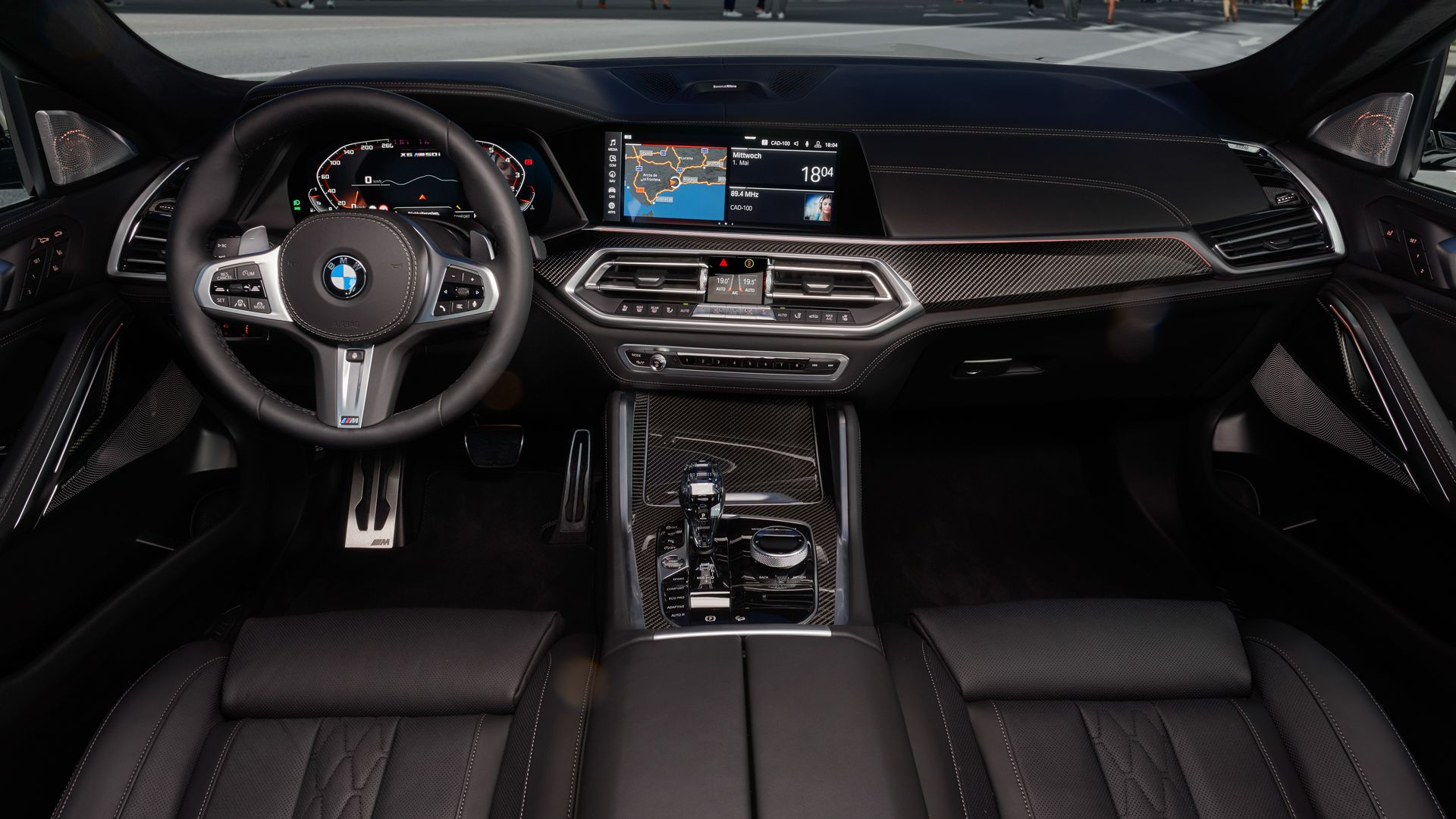Photo Comparison Bmw X6 M50i Vs Mercedes Amg Gle 53 Coupe With