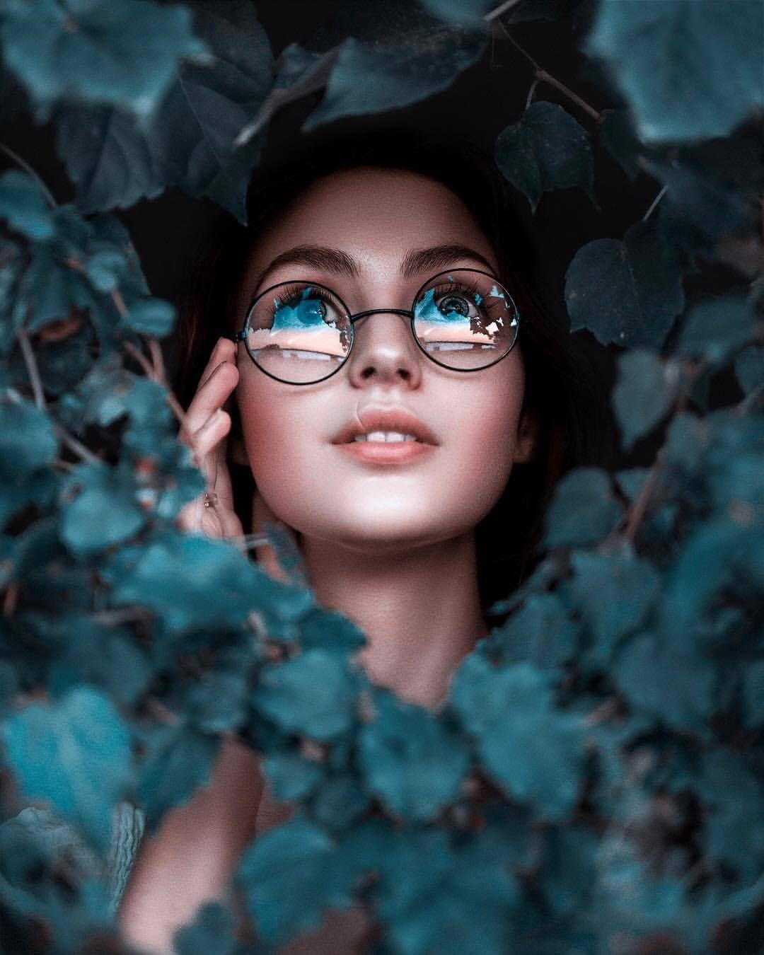 35 Self Portrait Ideas – Cool Self Portrait Photography Ideas