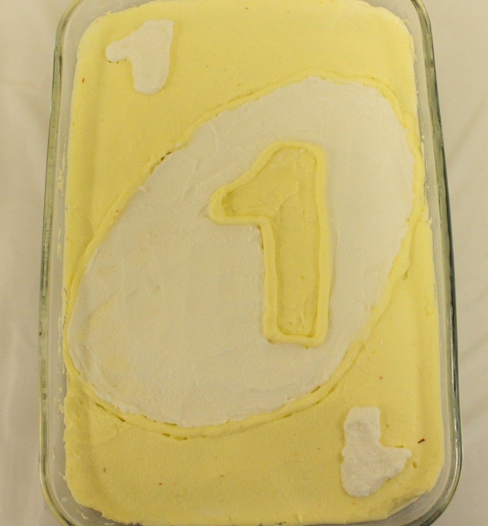 such a cute yellow cake! Best part is that is a NATURAL yellow! LOVE ...