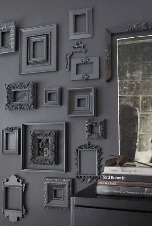 Já pensou em decorar a sua parede com um monte de quadros e pôsteres? Não há segredo e nem regra. Inspire-se com as nossas dicas e boa sorte!