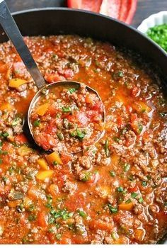 Paleo Whole30 Stuffed Pepper Soup - Food Restock #cleaneating