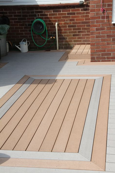 This deck combines both of our edeck colours to create an unusual eye