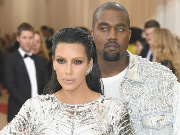 Kanye West S Reason For Wearing Contacts To The Met Gala Was Truly Ridiculous Kardashian Photos Kim Kardashian Costume Institute