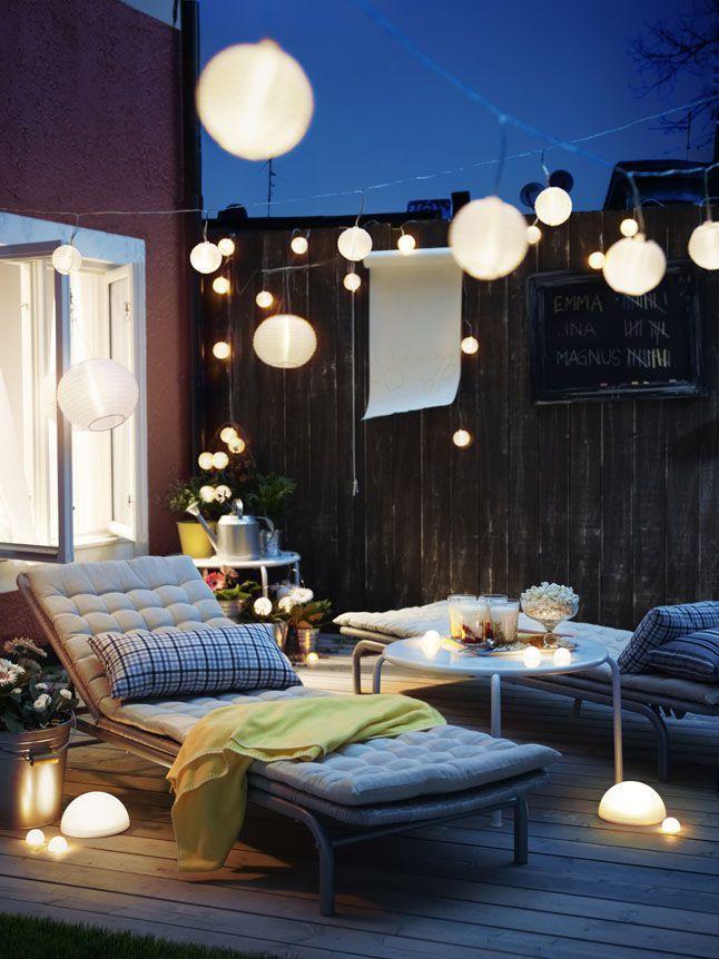 Chaise longue et lampions pour soir d\'été | Rue d\'Hautpoule ...