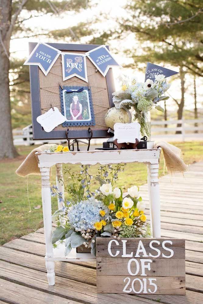 39 Creative Graduation Party Decoration Ideas For More Fun ...