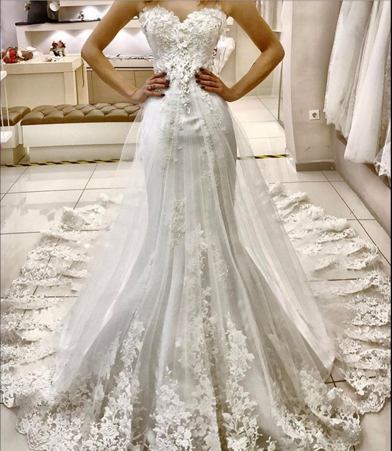 Ball gown wedding dresses with sleeves 2018