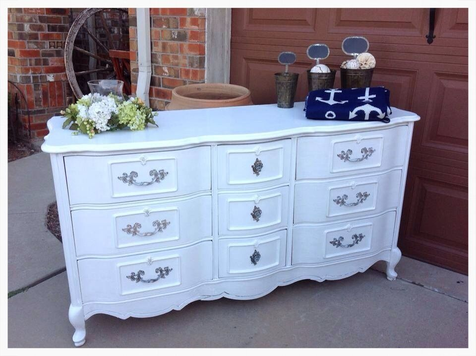 Annie Sloan, Pure White...Knobs and Knocers, McKinney, Tx