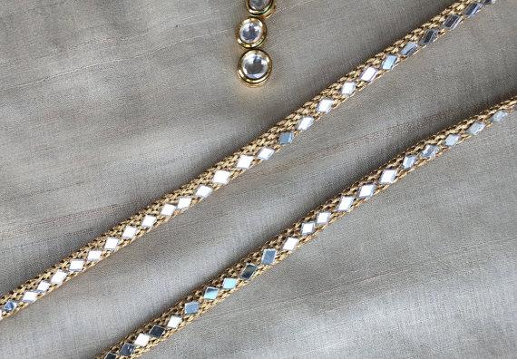 Indian Zari Mirror Embroidery Trim, Golden Zari Mirror-work Lace, Ethnic Bridal Lace, Elegant Slim Indian Sari Border 1 cm W Price per mtr