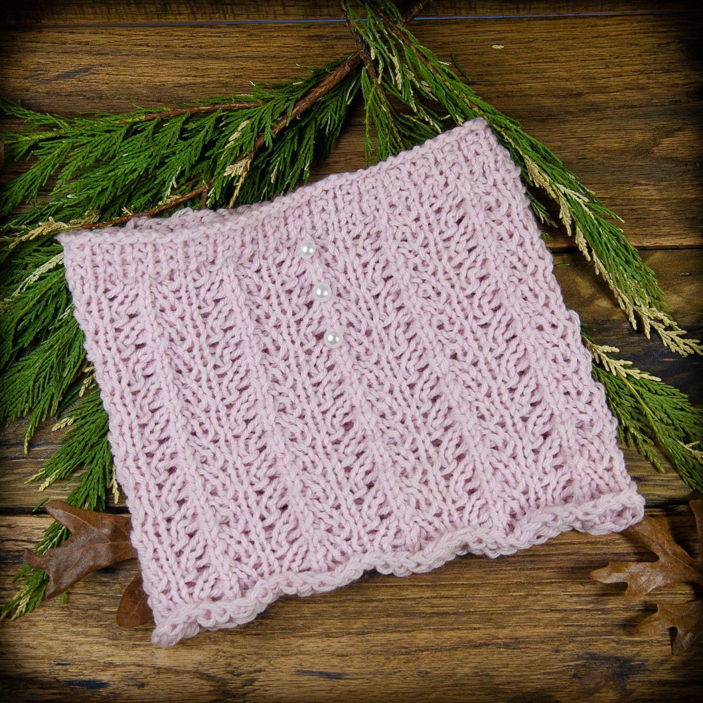 Loom knit cowl Pattern. Lace loom knit cowl pattern. Very pretty ...