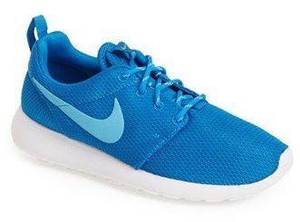 vía Restringir maximizar  Nike 'Roshe Run' Sneaker (Women) on shopstyle.com
