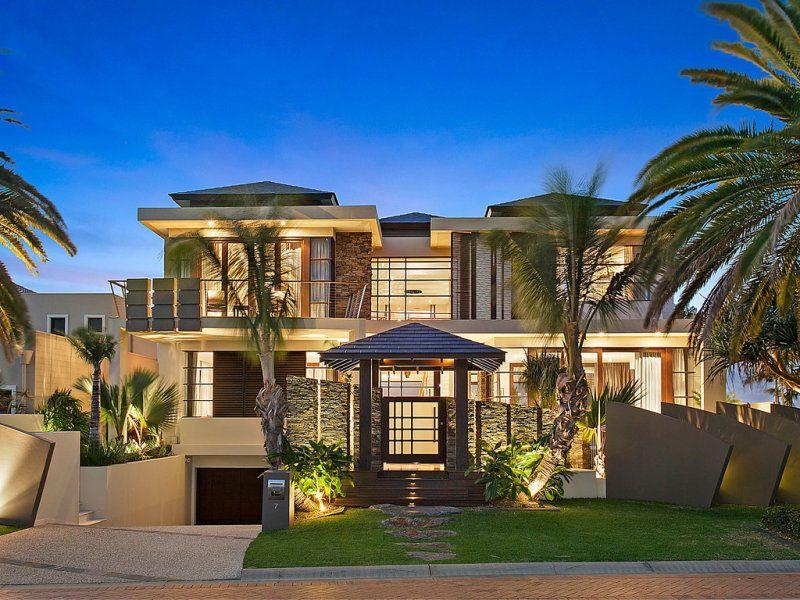 Perfect Modern Luxury Home   Sovereign Islands, Queensland, Australia