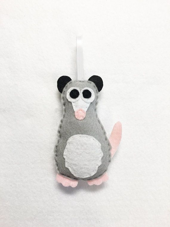 Over The Hedge Possum Possum Opossum Ornamen...