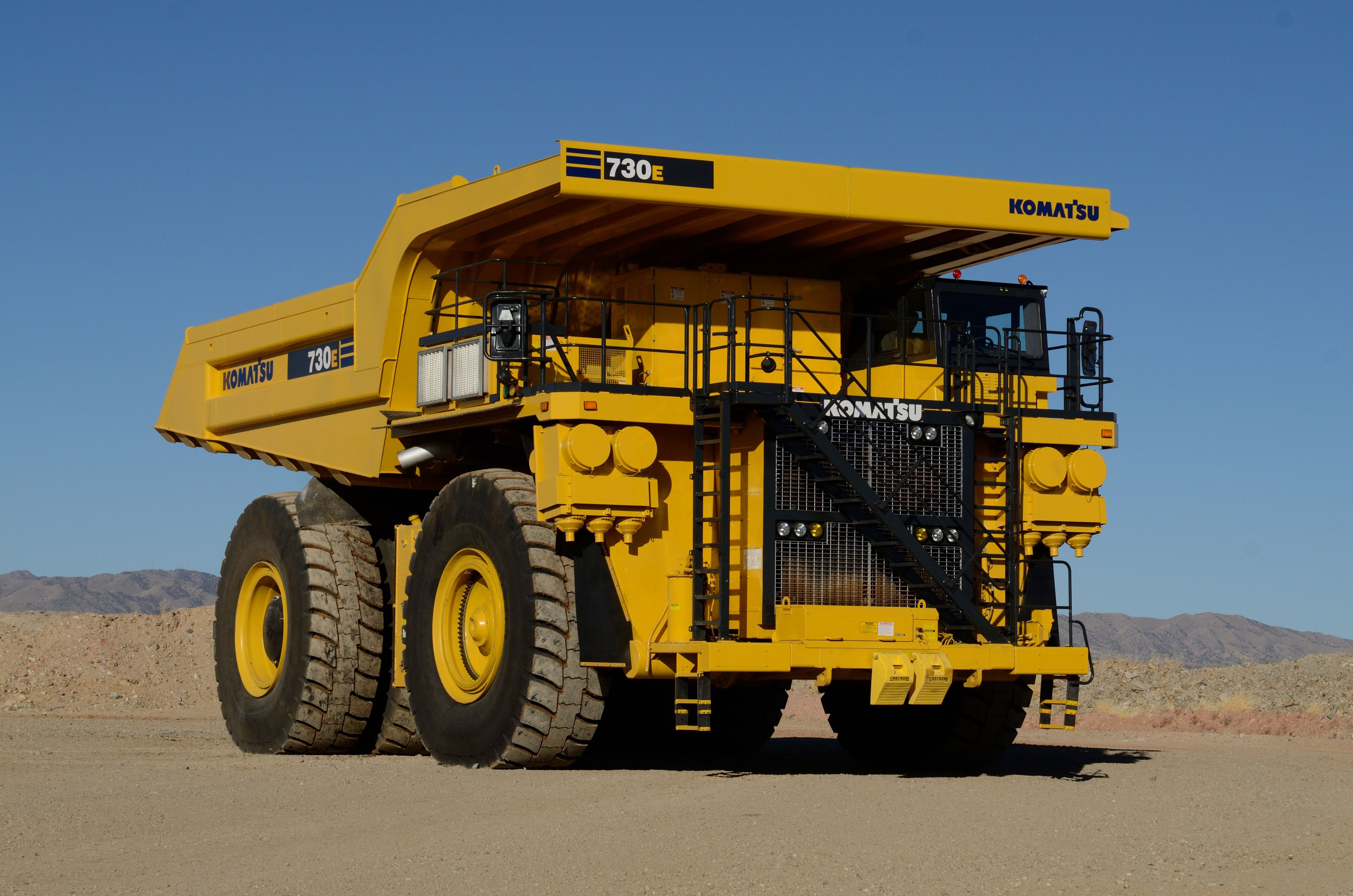 Komatsu updates 730E mining truck with AC electric drive | Equipment World  | Construction Equipment, News and Information | Heavy Construction  Equipment