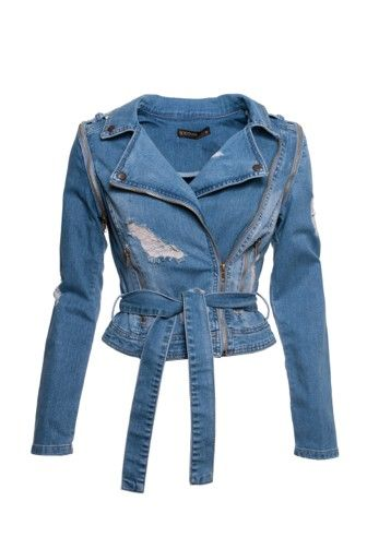 Dit spijkerjasje van Supertrash is onze favoriet! Dankzij de destroid effecten en uitritsbare mouwen is hij onmisbaar in je garderobe. Nu te koop bij Miinto.nl #miinto #online #shop #favorite