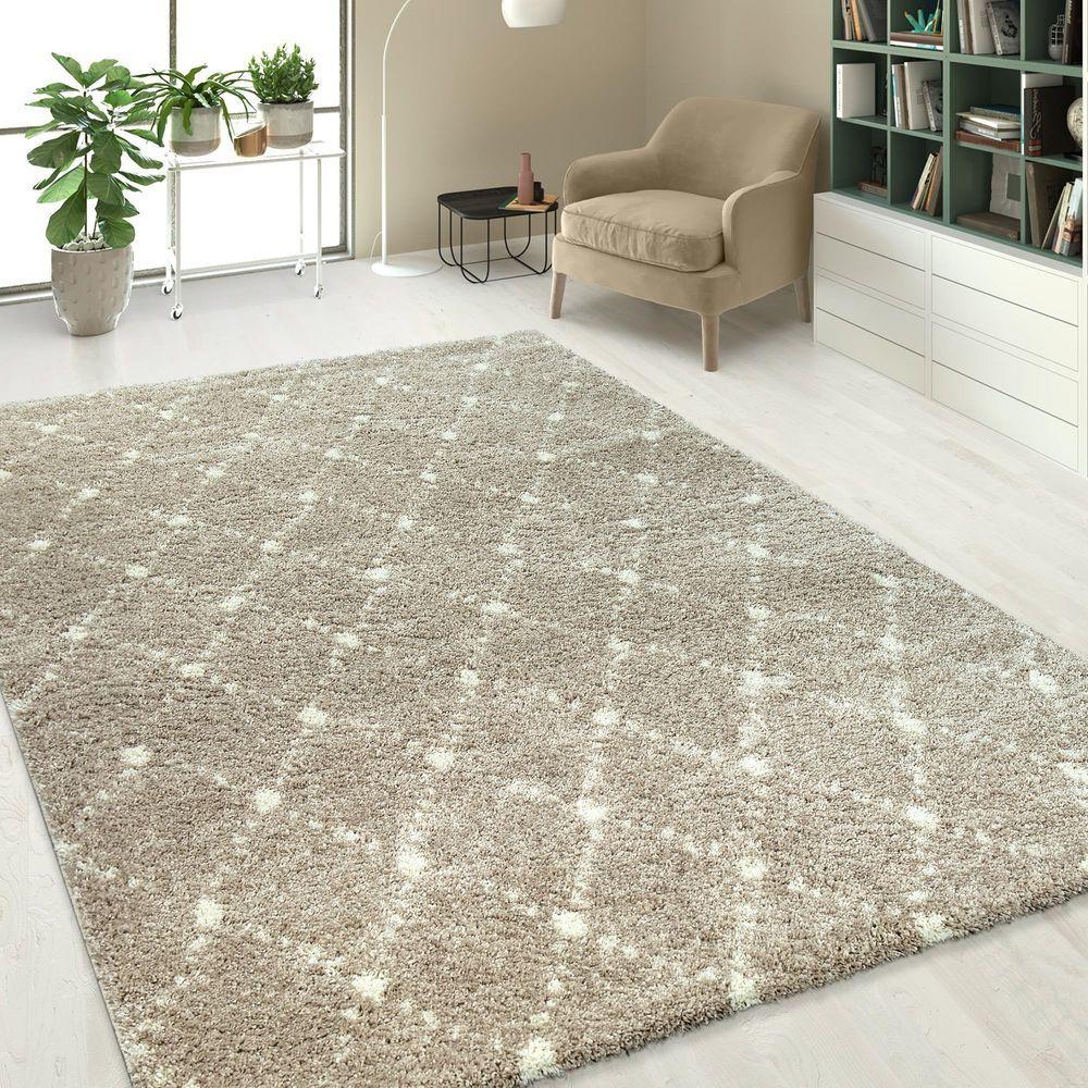Einfarbiger Hochflor Teppich In Beigen Mit Rauten Muster Teppich Teppich Wohnzimmer Teppich Beige