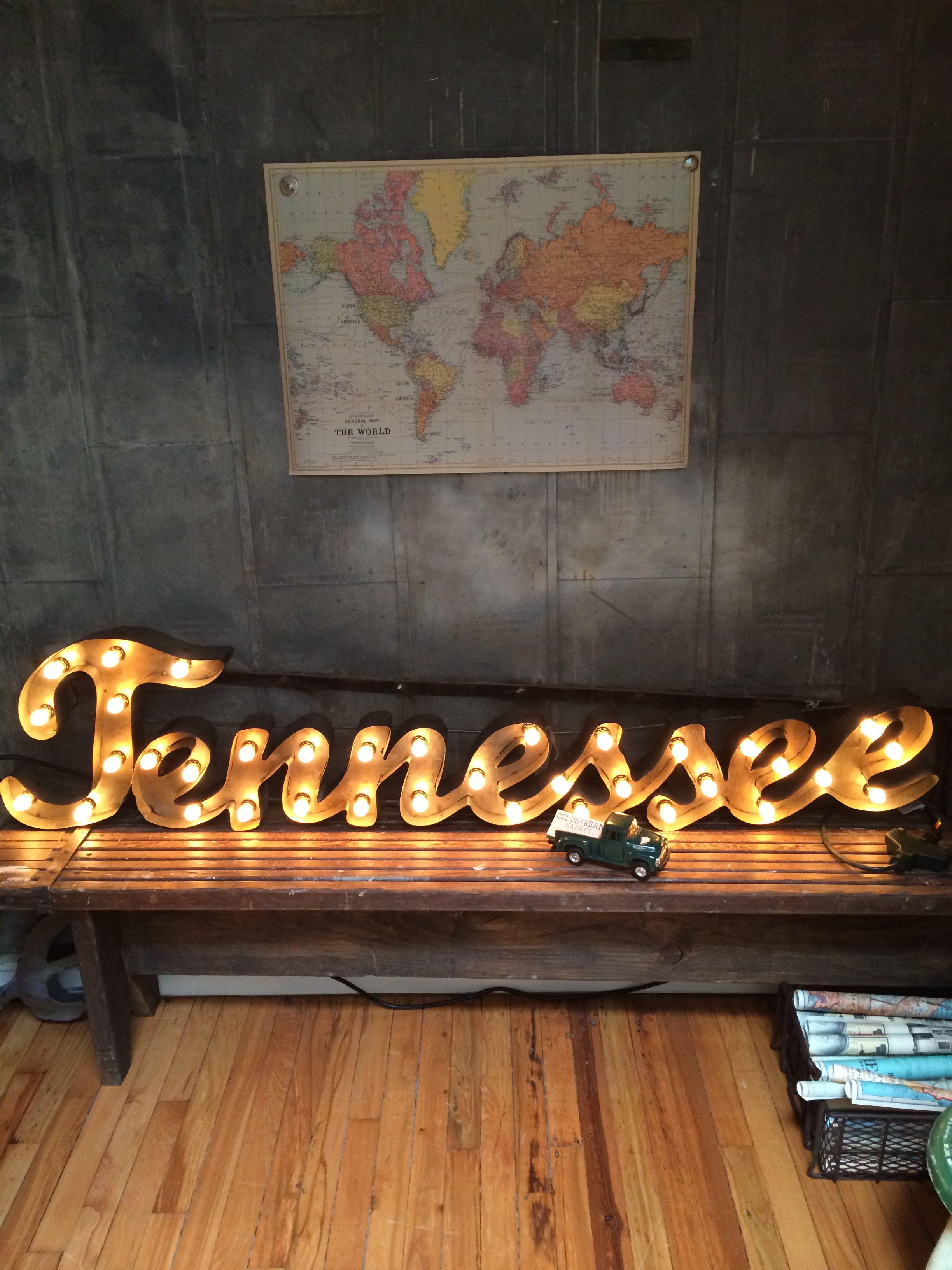 Light up TN sign at Coldstream Market in Knoxville, TN #homedecor #tnart