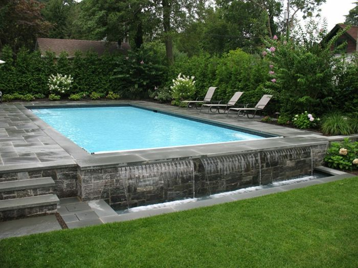 1001 conceptions cr atives pour une piscine sur lev e piscine swimming pools backyard pool. Black Bedroom Furniture Sets. Home Design Ideas