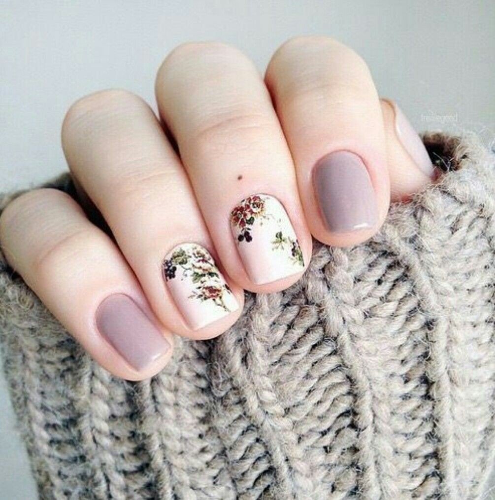 Pin by hrista Apostol on Манекюр | Pinterest | Flower nails and Nail ...