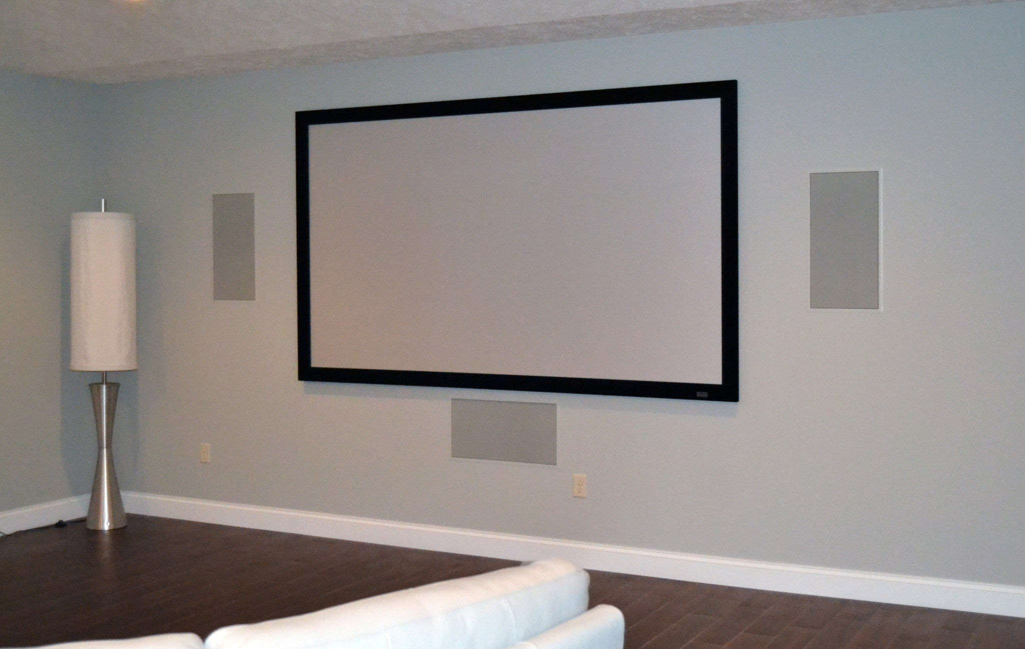 92 Quot Severtson Screen Epson Pro Cinema 6030 Projector
