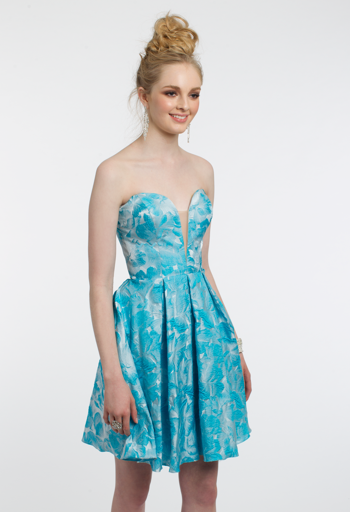 Welcome spring with this stunning party dress! The strapless ...
