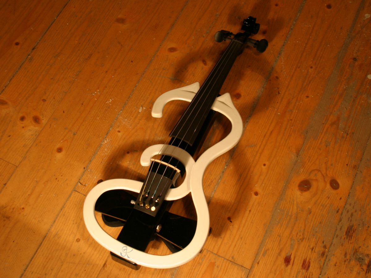 Cat La Groove electric violin by CJK