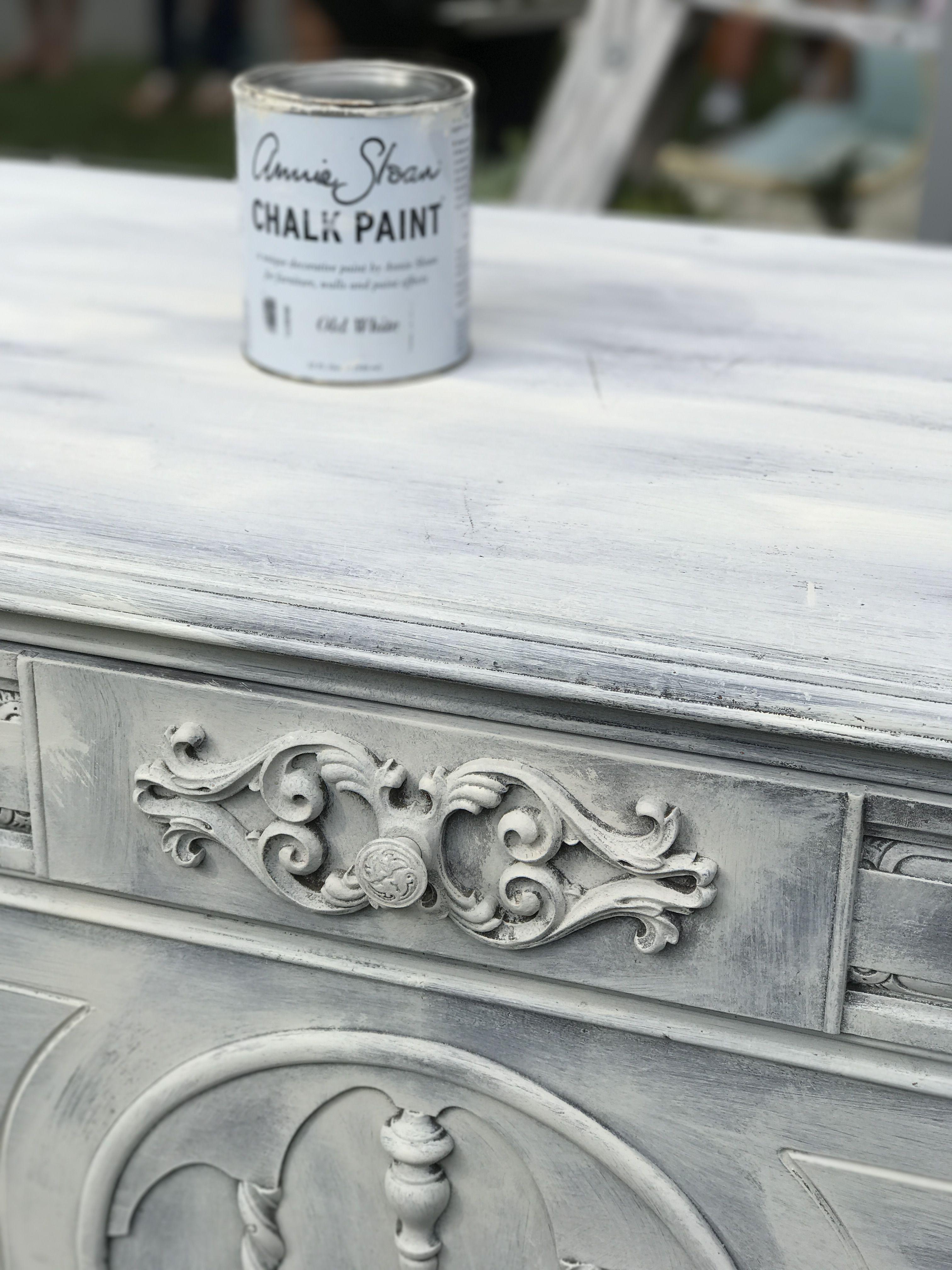 Old White Wash Dresser White Chalk Paint Furniture Annie Sloan Chalk Paint Furniture Chalk Paint Dresser