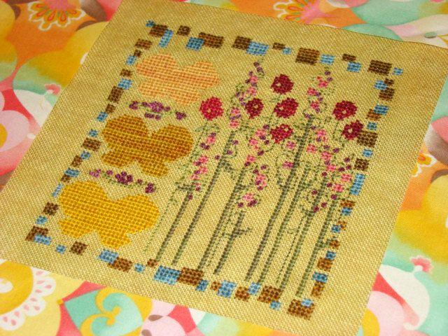 Underground RR quilt idea. | Cross stitch, Needlepoint