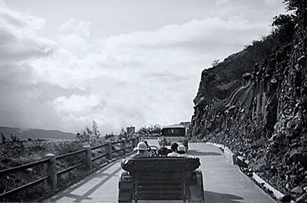Carretera vieja Caracas - La Guaira. Año de 1930-1939