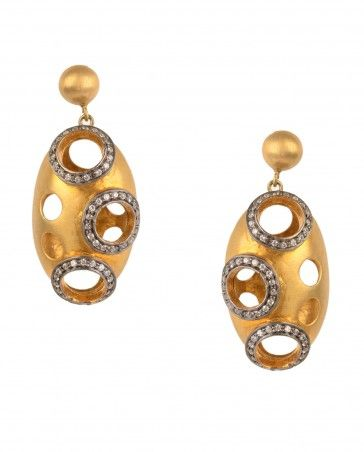 Golden Oval Earrings by Silvermerc Shop Now: http://bit.ly/silvermercnew #Golden #Crystal #Bling #India #Designer #Silvermerc #Indian #Silver #Pearl #Contemporary #ExclusivelyIn #Jewellery #Multicolor #Earrings #Gold #Multicolour #Beads