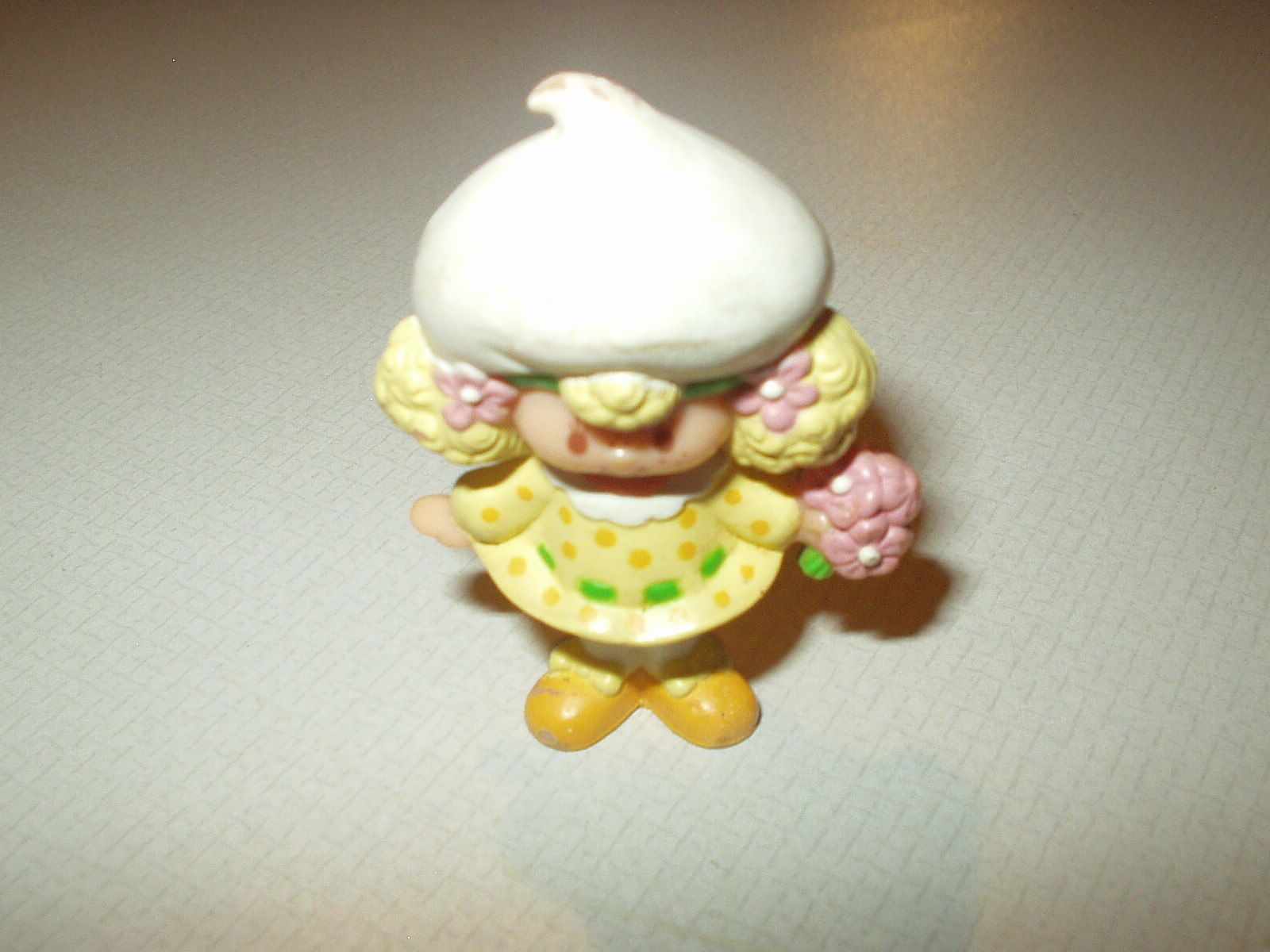 Vintage Strawberry Shortcake Friend PVC Figurine Toy Lemon