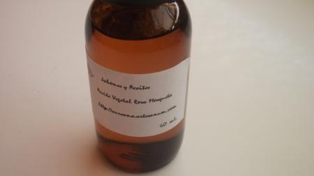 Aceite vegetal de rosa mosqueta