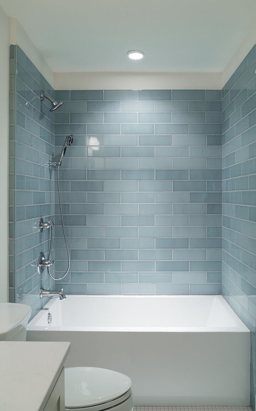 I Love This Deep Tub Gorgeous Subway Tile Small Bathroom Remodel With Bathtub Ideas 39