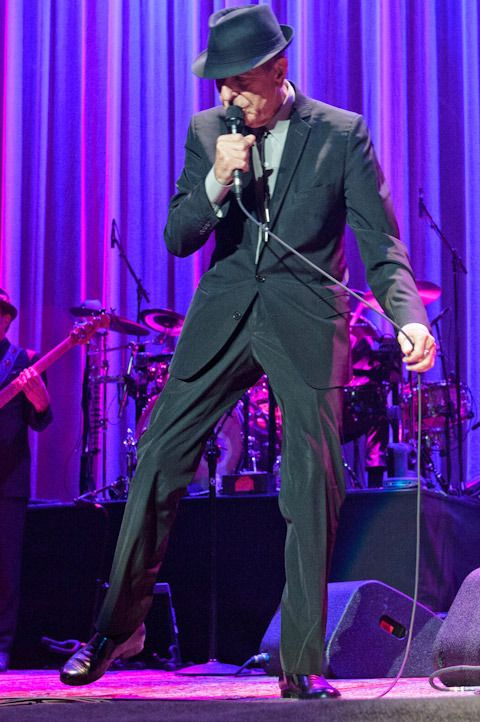 Outstanding Photos - And Lots Of Them: Dec 18, 2012 Leonard Cohen New York Madison Square Garden Concert - DrHGuy