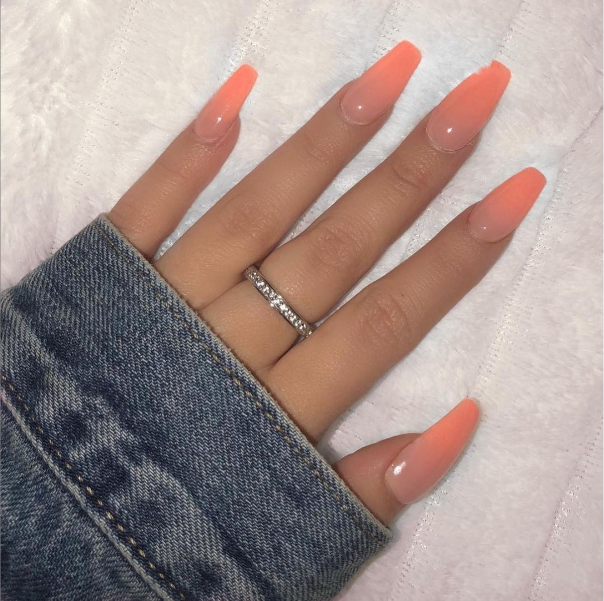 Not My Pic But Peach Acrylic Nails Peach Nails Ombre Acrylic Nails