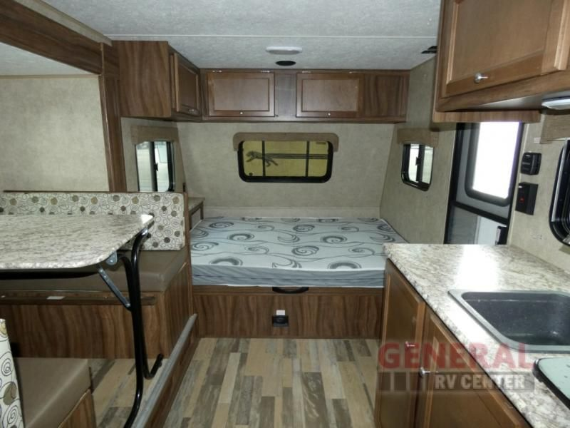 Used 2018 Coachmen Rv Clipper Ultra Lite 17bhs Travel Trailer At