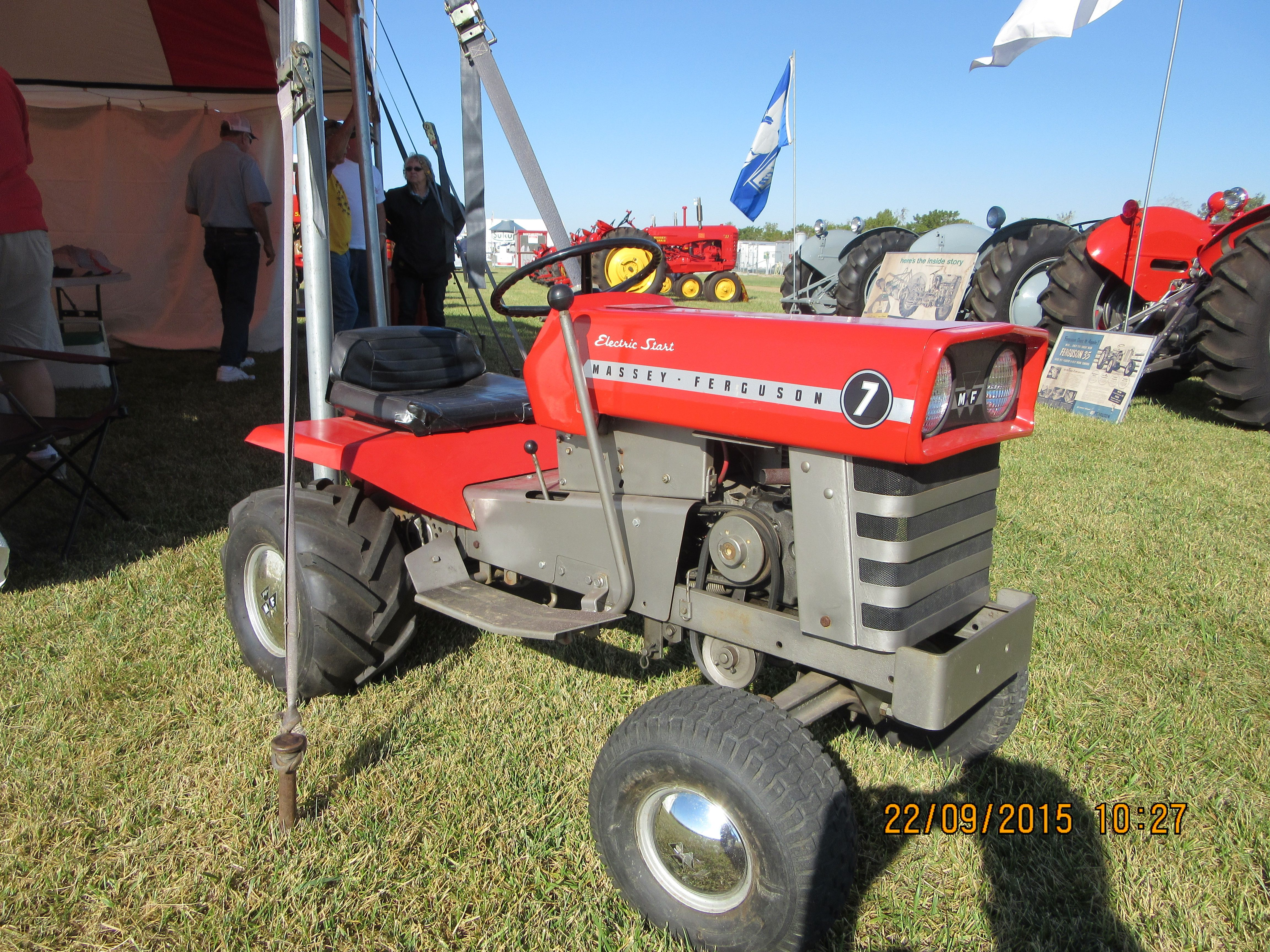 Massey Ferguson Yard Tractors : Massey ferguson lawn garden tractor