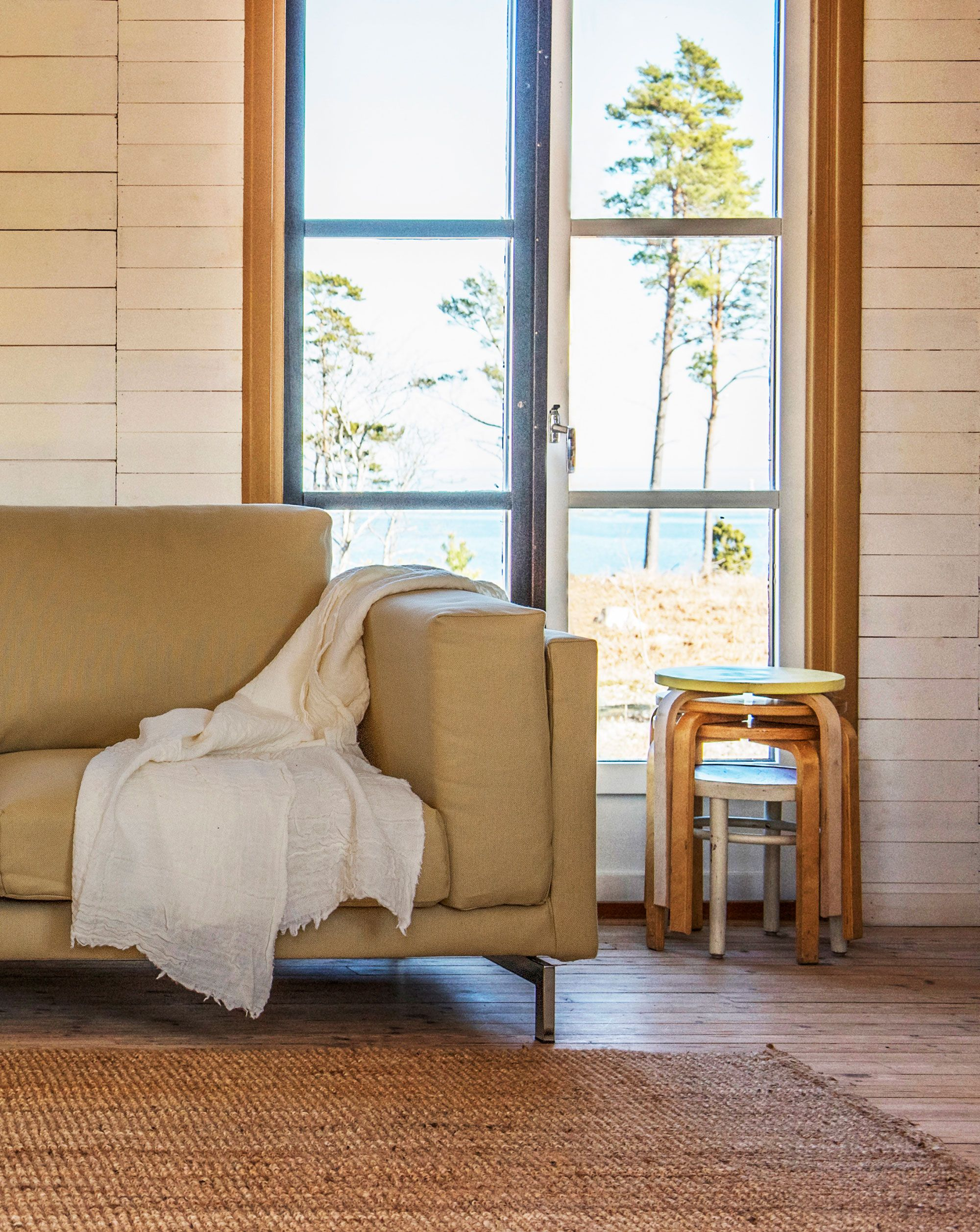 Not So Mellow Yellow | Seaside Summer House Vibes | Burlap Walls And Rough  Wooden Floors