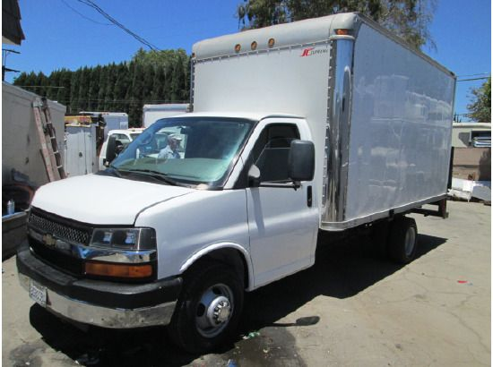 View A Larger Version Of 2006 Chevrolet Express Box Truck