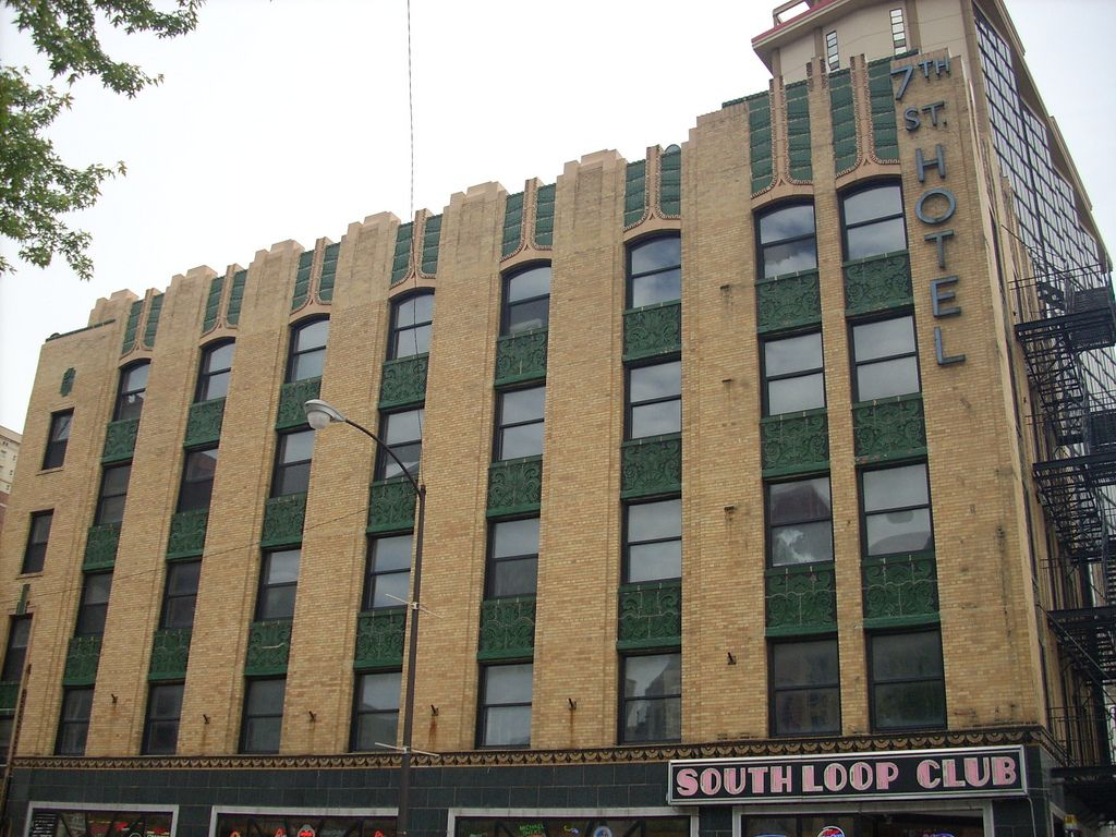 Artdeco 7th Street Hotel At State And Balbo Formerly