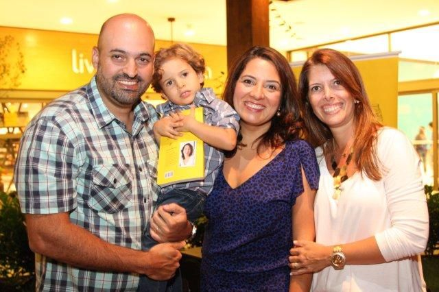 Luciana ZEuli e sua linda família!
