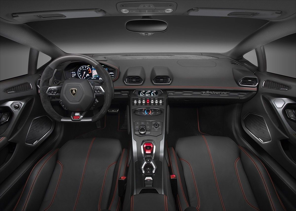 The Interior Of The Lamborghini Huracan Lp580 2 Autos 2017