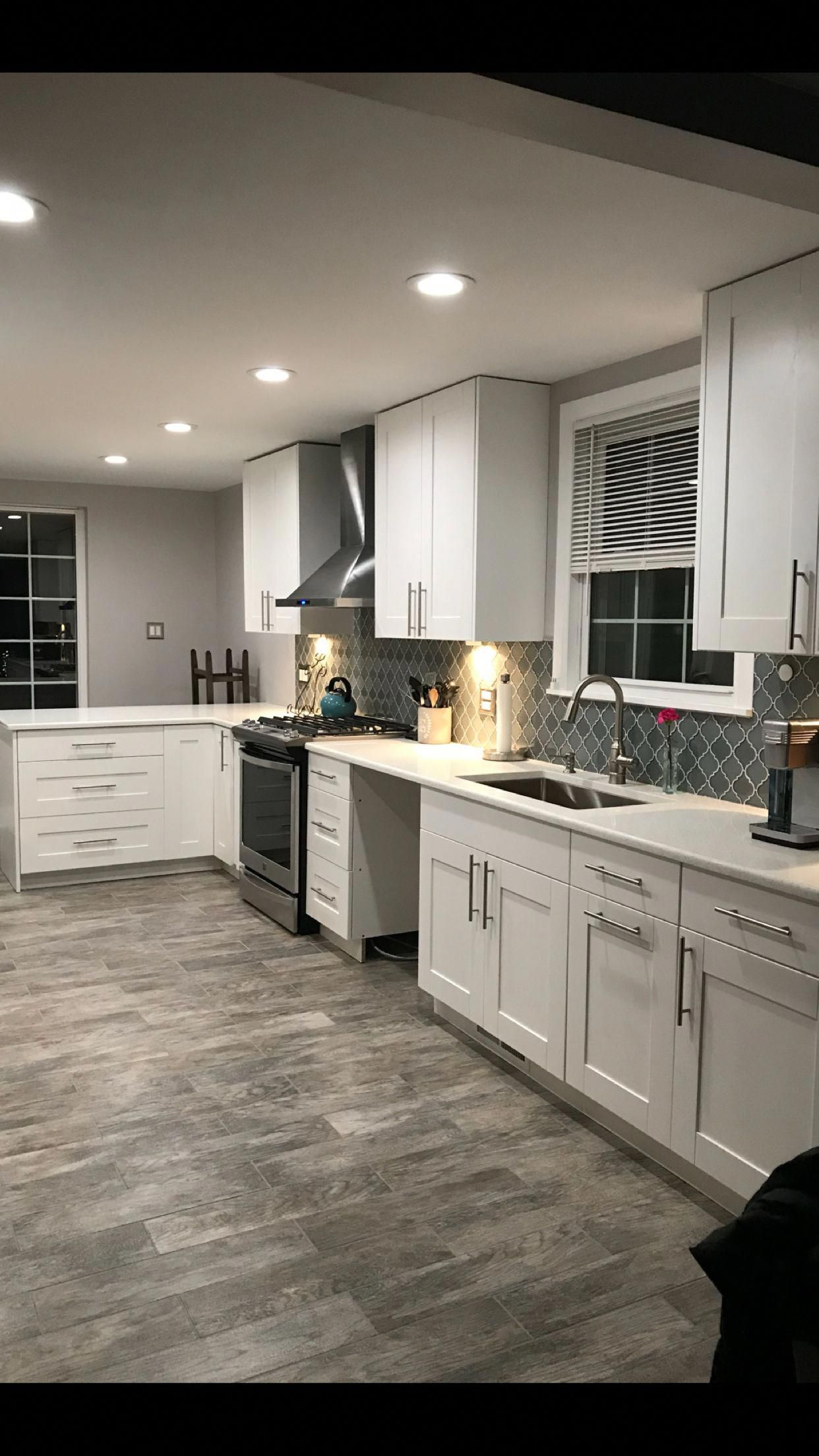 Best Modern White Kitchen Remodels For A Stunning Space 400 x 300