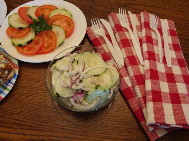 Dad's creamy cucumber salad is a salad made with cucumbers, mayonnaise, a little sugar, and onions. A delicious cucumber salad recipe