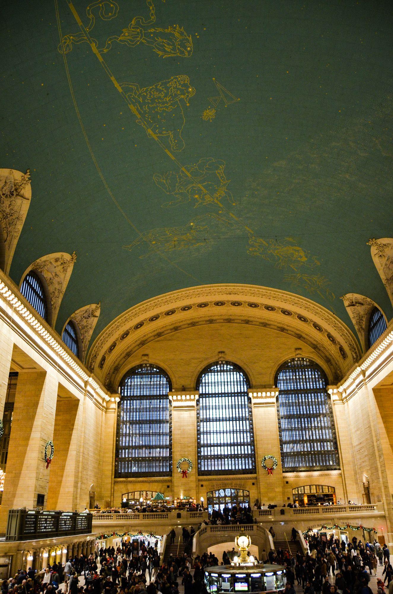 Grand Central Terminal, Ruta andando por Manhattan
