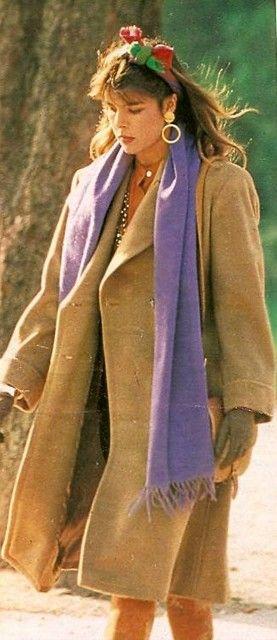 Carolina paseando por París a finales de los 80.